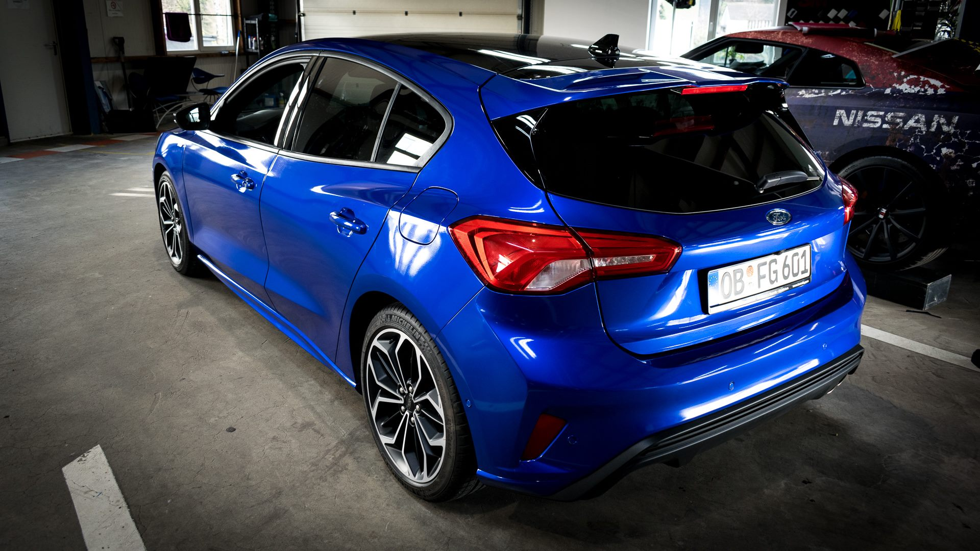 Ford Focus ST Line Vollfolierung 3M Cosmic Blue