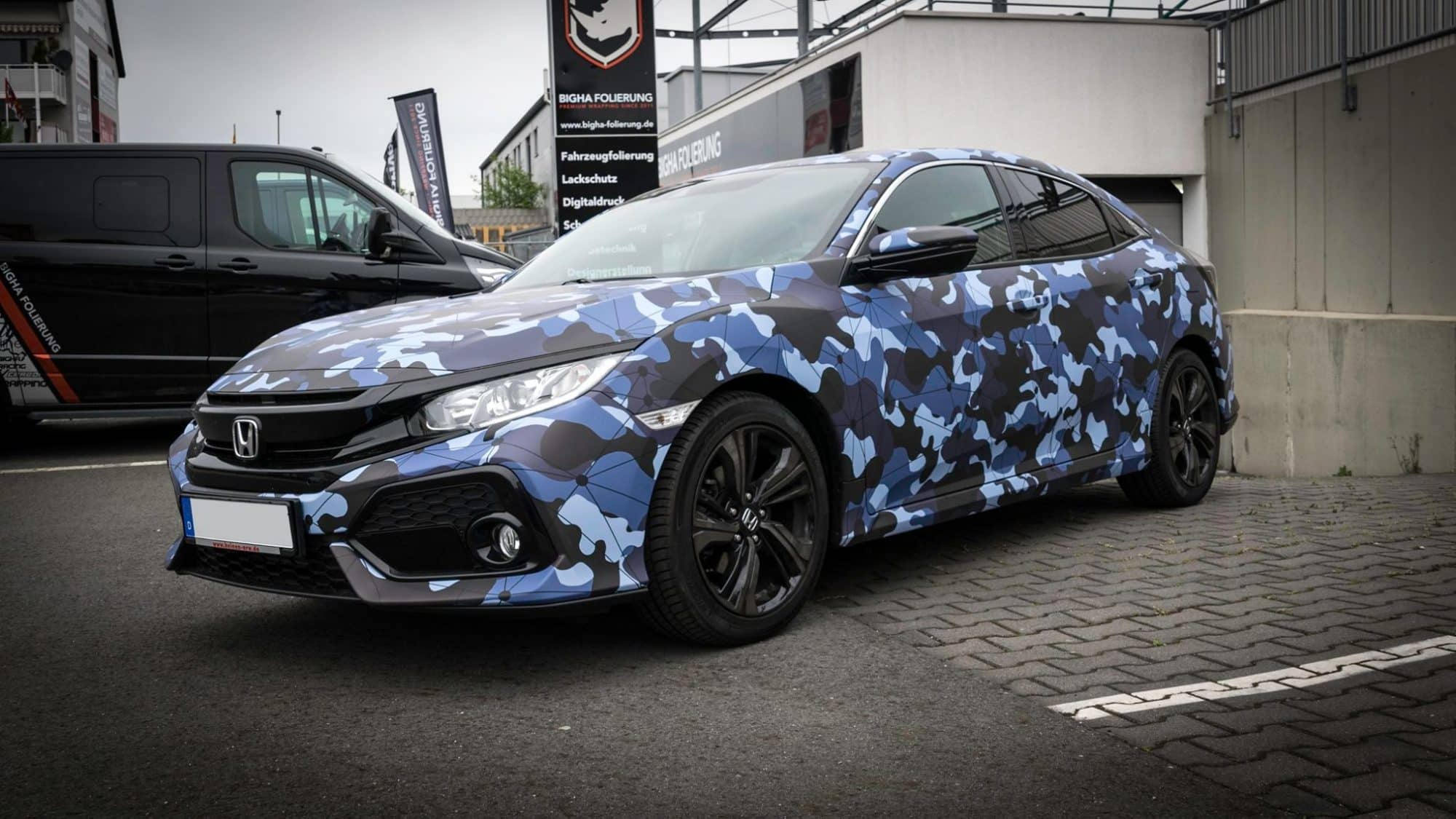 Honda Civic Folierung Digitaldruck Camouflage