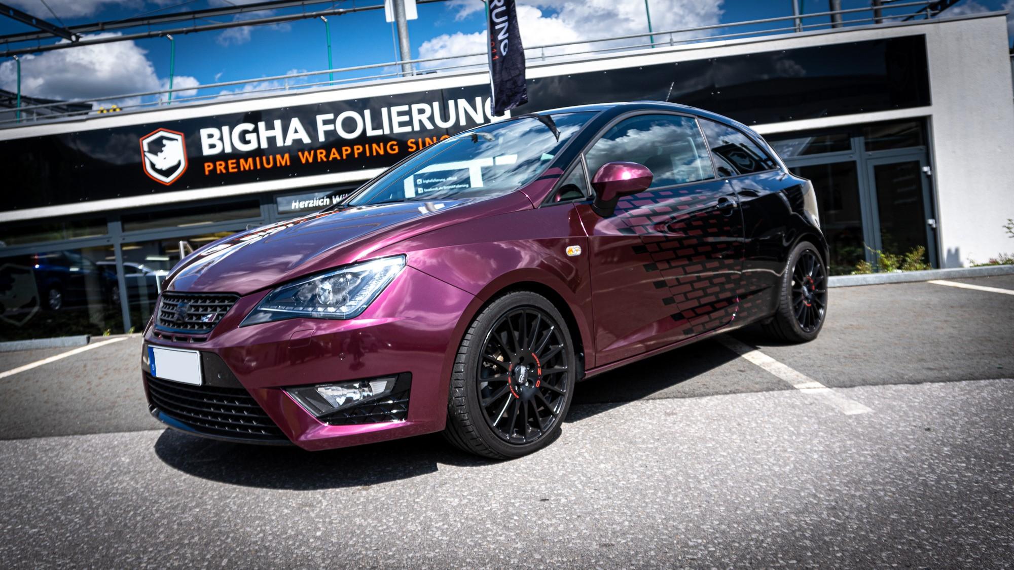 Seat Ibiza Avery Fun Purple Teilfolierung Designfolierung Halbes Auto