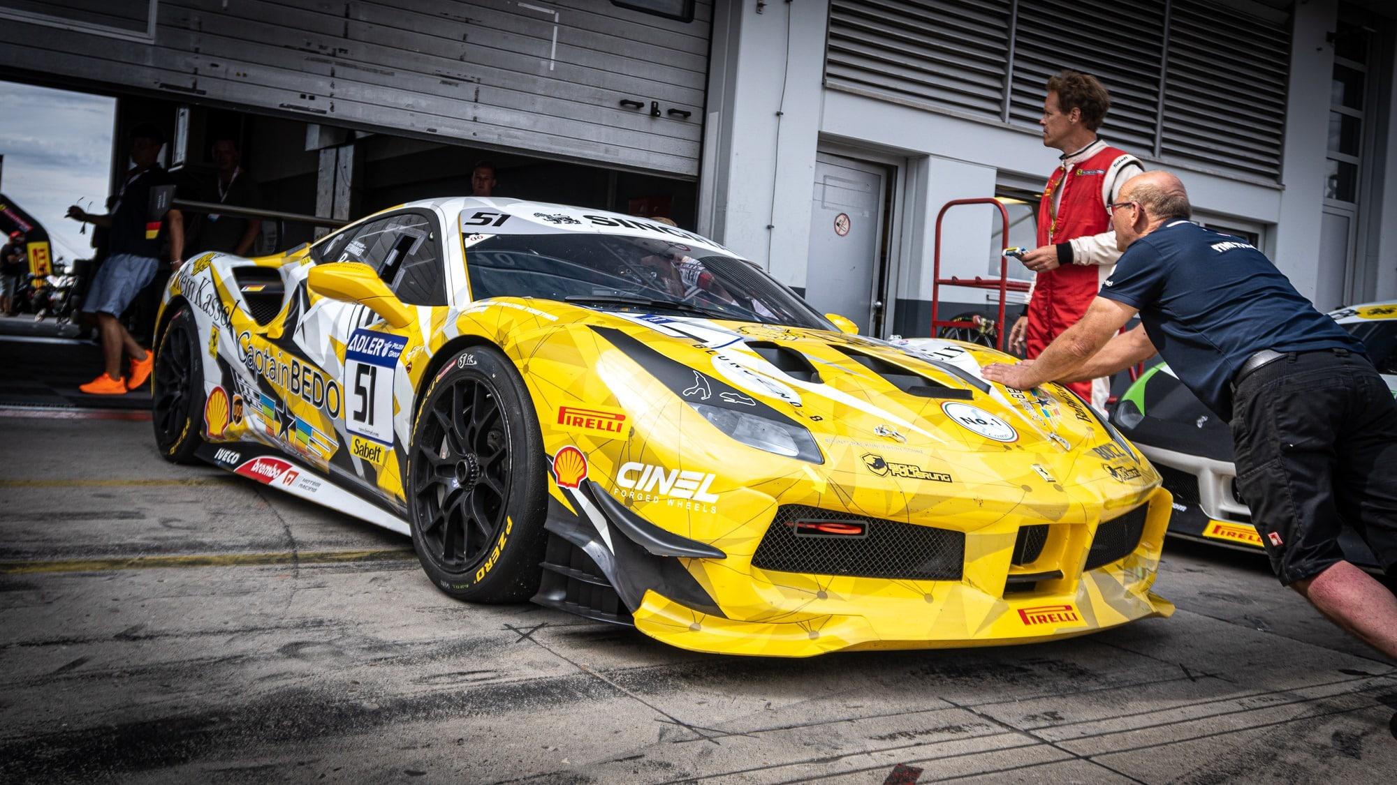 Ferrari 488 Challenge Digitaldruck Folierung Rennsport