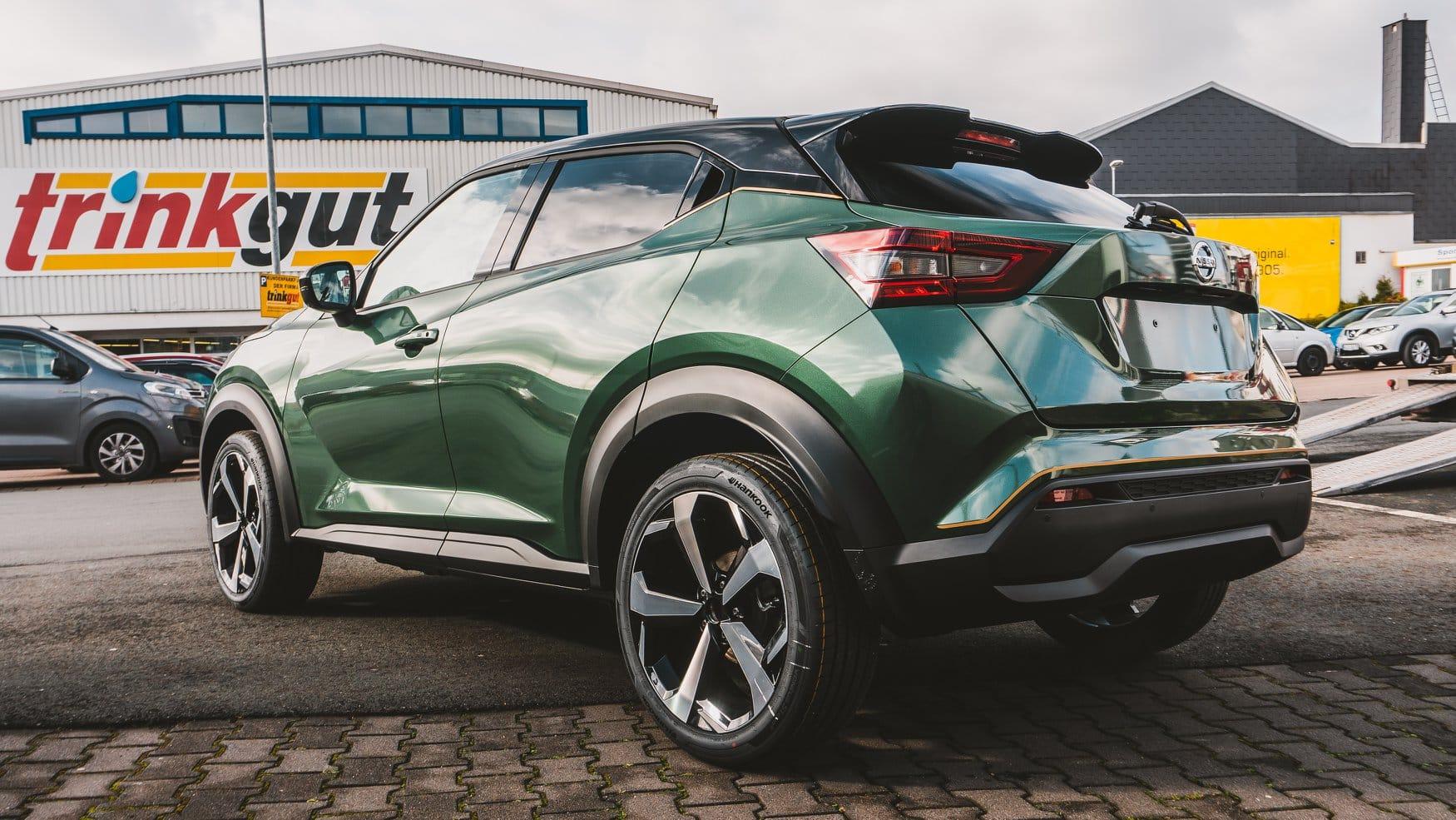 Nissan Juke 2020 Folierung British Racing Green Autohaus Bernds